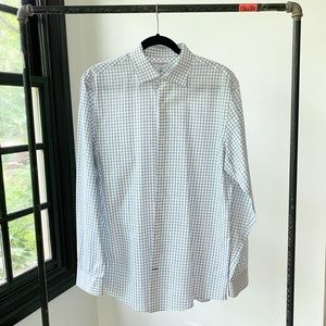 BANANA REPUBLIC fitted collar button down shirt